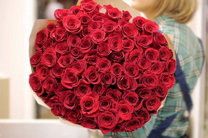 купить розы на cvetystolicy.ru